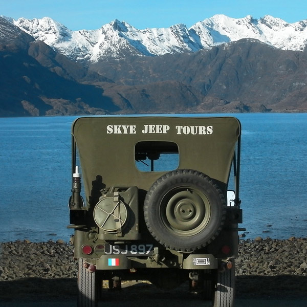 Jeep-Elgol-Back